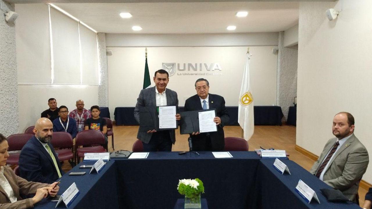 Firma de Convenio entre el Ayuntamiento de Tlajomulco de Zuñiga y la UNIVA Guadalajara