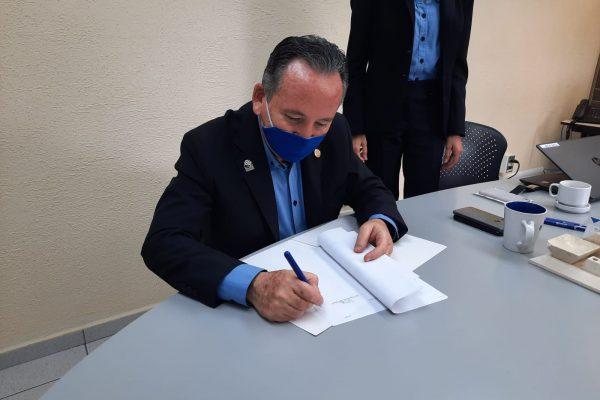 Mtro. Luis Ignacio Zúñiga Bobadilla, director del plantel